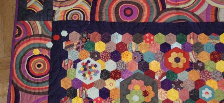 conseils pour bien assortir les couleurs en patchwork hexoa. Black Bedroom Furniture Sets. Home Design Ideas