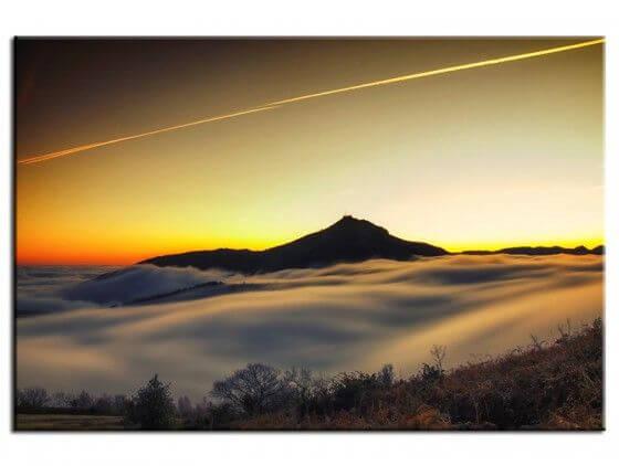 Tableau photo paysage la Rhune au dessus des nuages