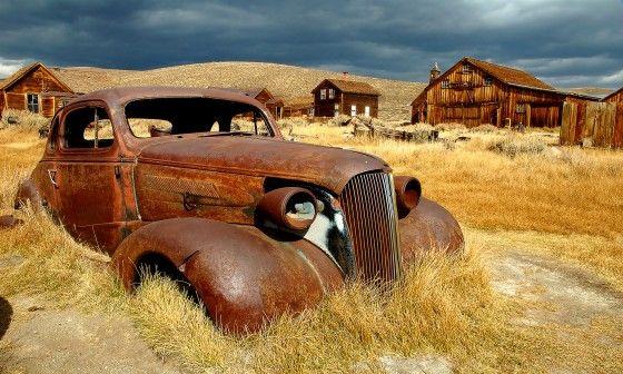 Papier peint trompe l 39 il paysage vielle voiture petit - Image de vieille voiture ...