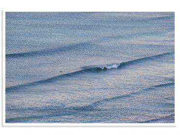 Cadre photo surfeur solitaire au line up